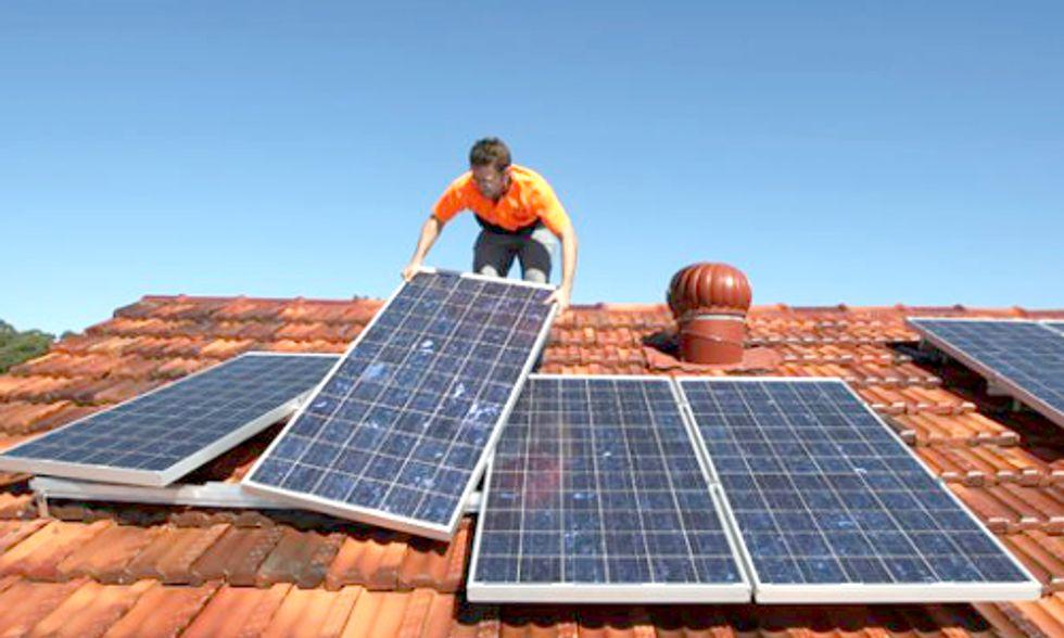 Solar Installations Soar to Second-Best Quarter Ever