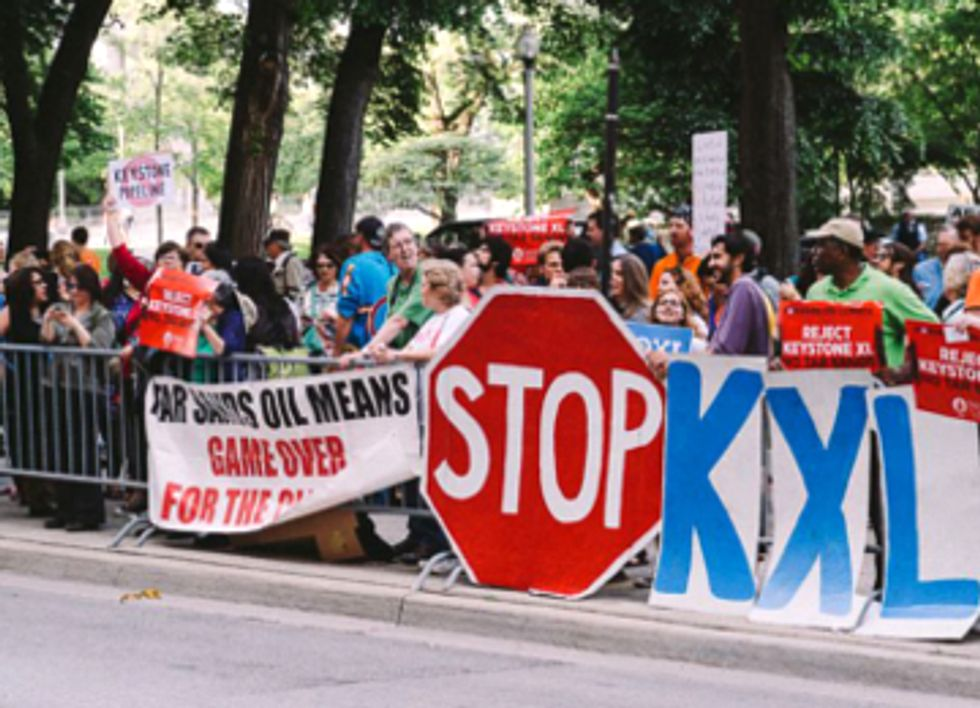 200+ Greet Obama at Chicago Fundraiser: Keep Climate Promise, No Keystone XL