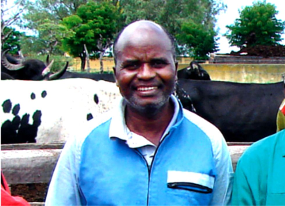 Global Environmental Leader: Antônio Tembue Improves Lives in Rural Mozambique