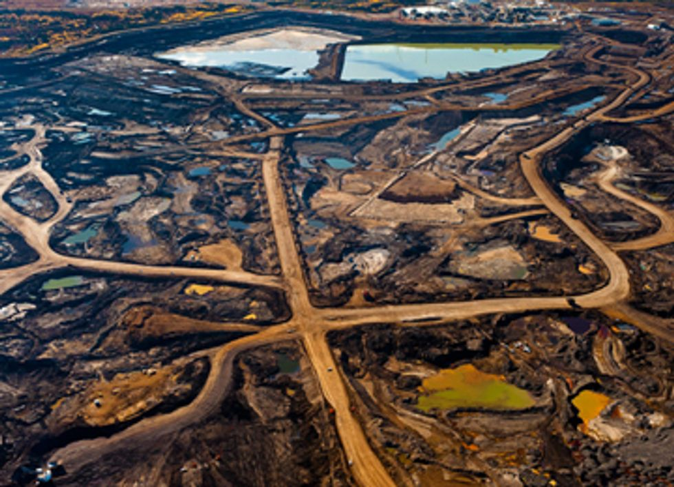 Corporate Climate Campaign Demands Divestment from Dirty Tar Sands
