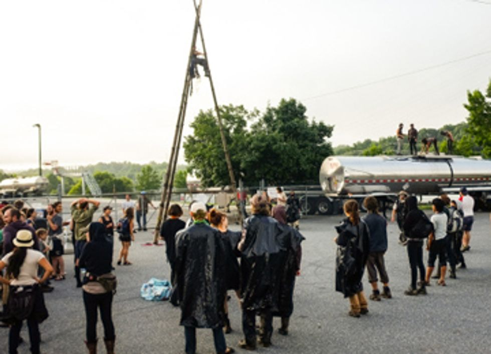 Fossil Fuel Chemical Supplier Shut Down By Fracking Protesters