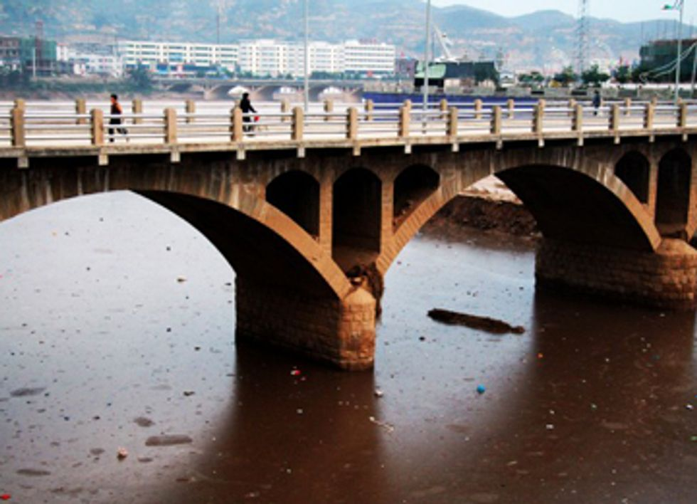 China to Act on Massive Contamination of Water Supply