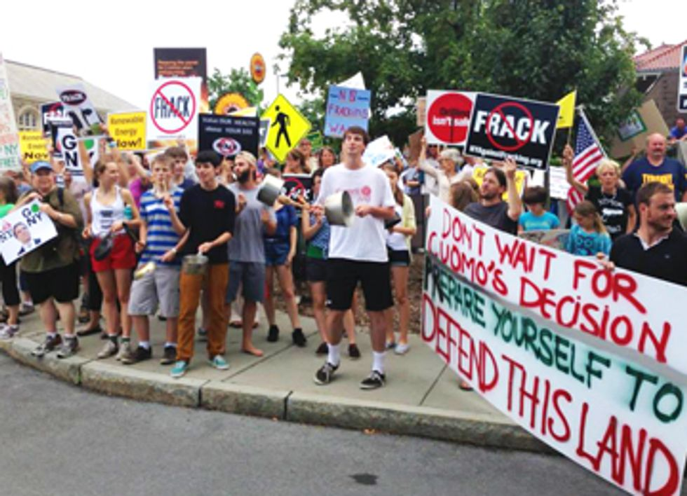 Gov. Cuomo Greeted by Hundreds of Anti-Fracking Protestors in Ithaca