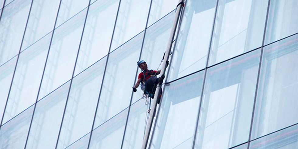 Six Women Scale Europe's Tallest Skyscraper to Protest Shell's Arctic Drilling