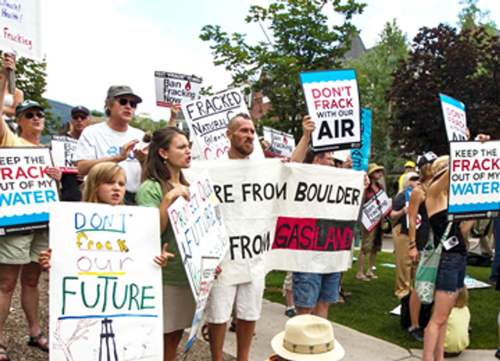 Colorado Residents Protest Fracking at Democratic Governors' Conference