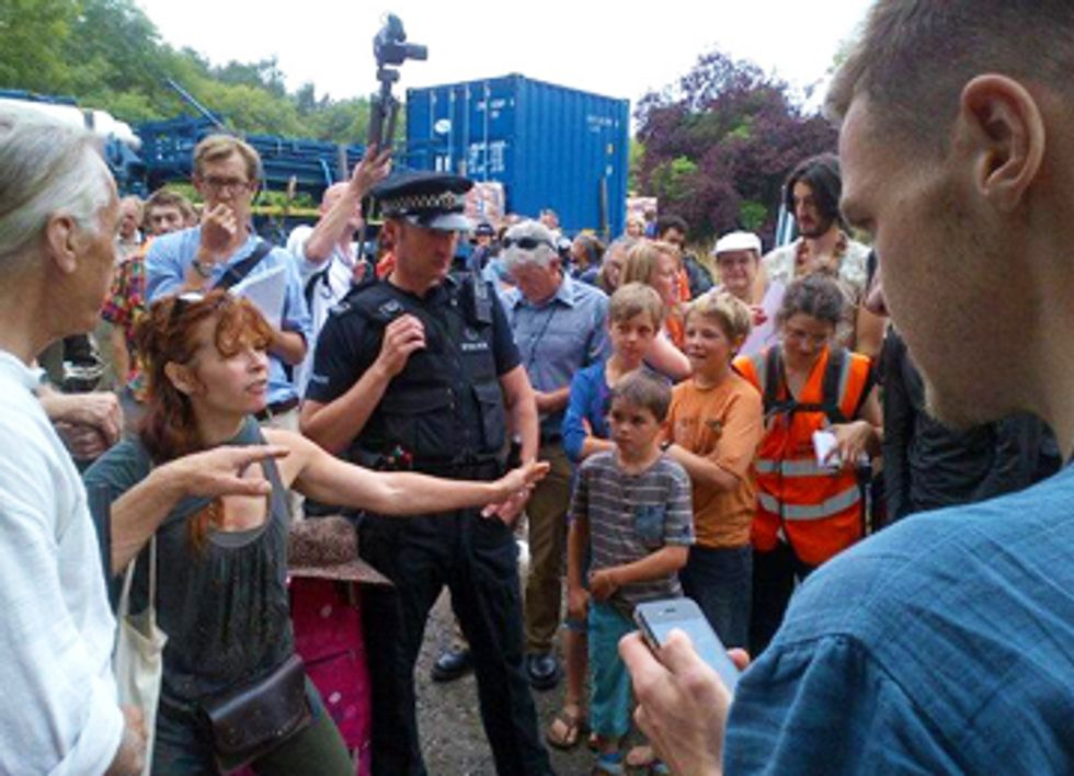 Hundreds Halt Fracking Operations in UK Community