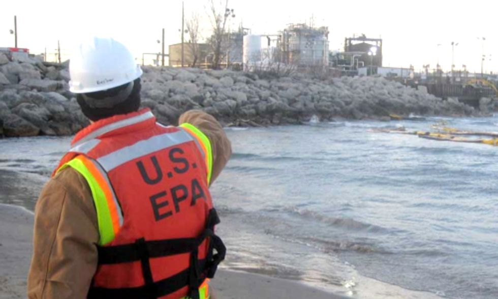 Chicago Mayor Demands Answers From BP After Oil Spill