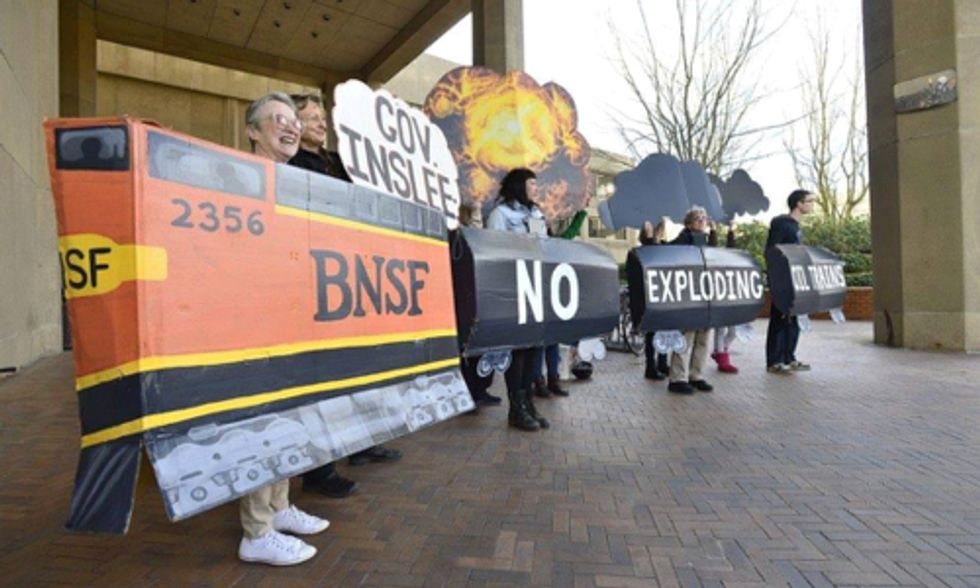 Rising Tide Seattle Protests Fossil Fuel Exports During Gov. Inslee's Climate Speech
