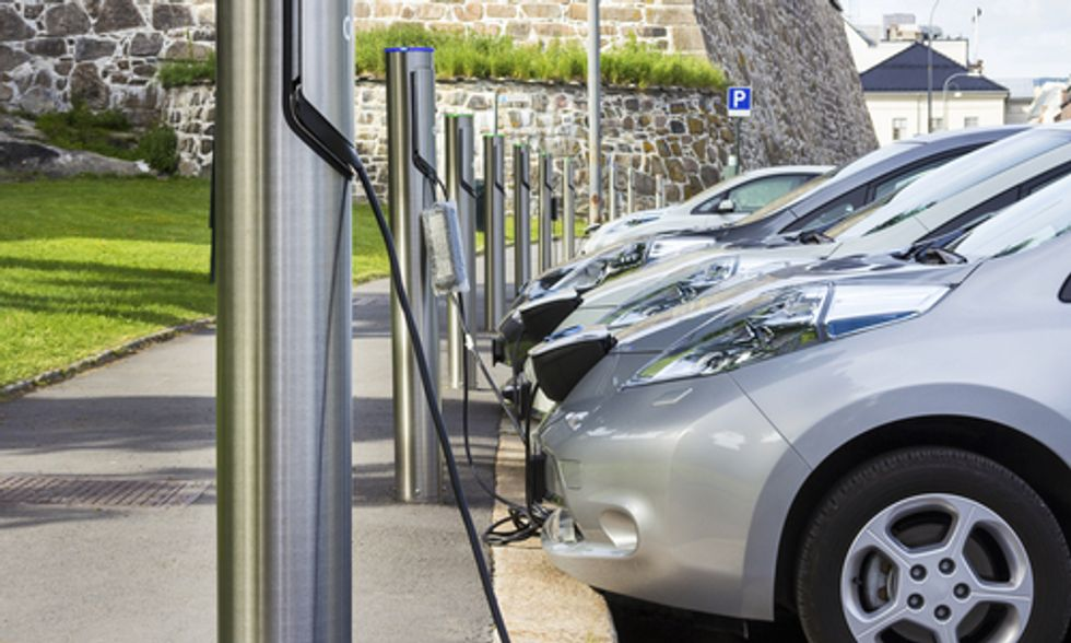 Revamped Federal Loan Program Will Produce Cleaner Cars and Create Green Jobs