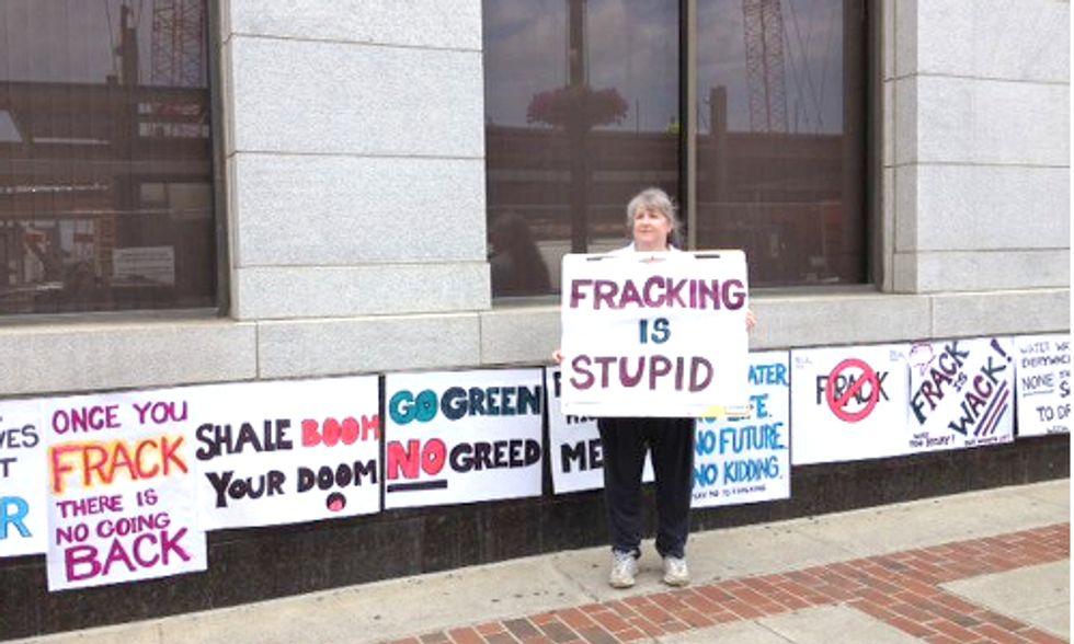 Anti-Fracking Group Pressures Pennsylvania Governor Candidates For Moratorium Commitments