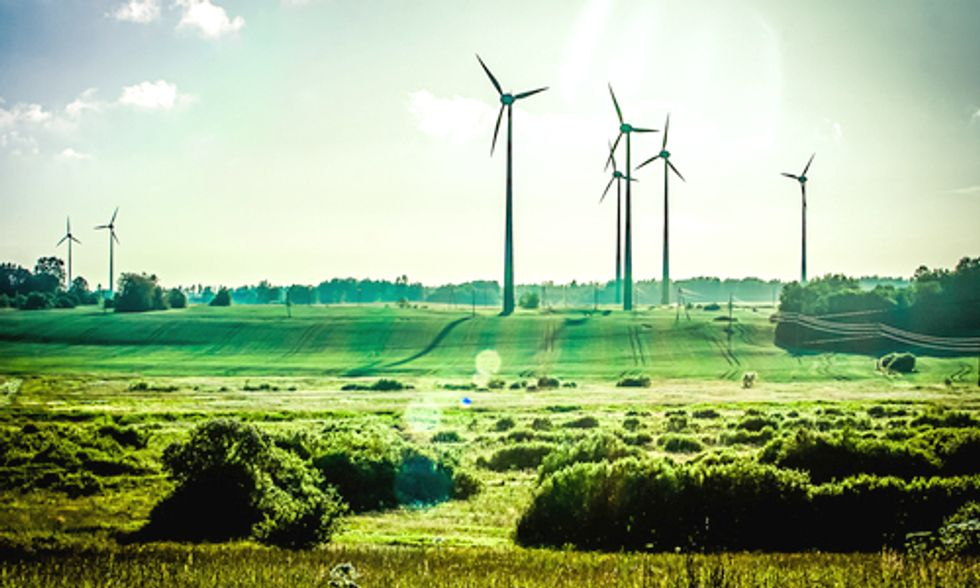 Will Microsoft Follow Apple and Google's Lead on Iowa Wind Energy?