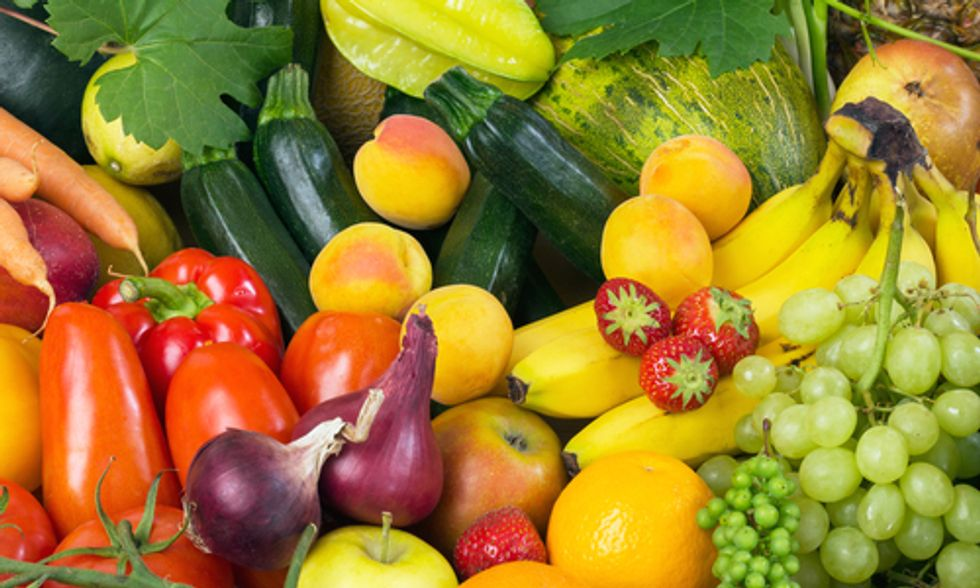 Pesticides in Produce: Which Fruits and Veggies Are in The 'Dirty Dozen' and 'Clean 15'
