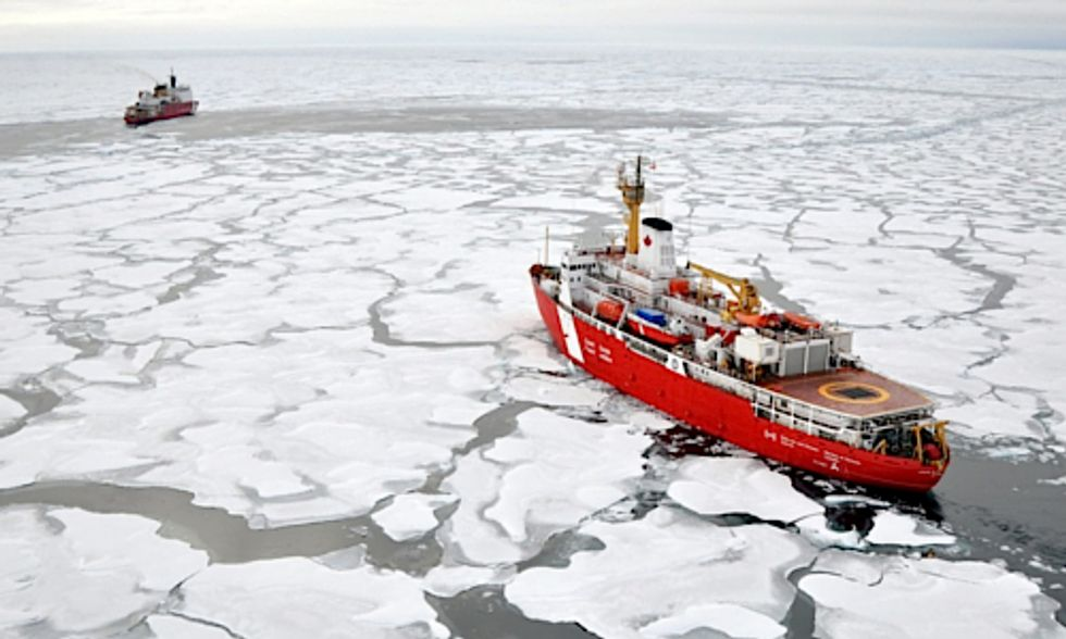 Federal Study Warns Oil Industry Nowhere Near Prepared for Spill in Arctic