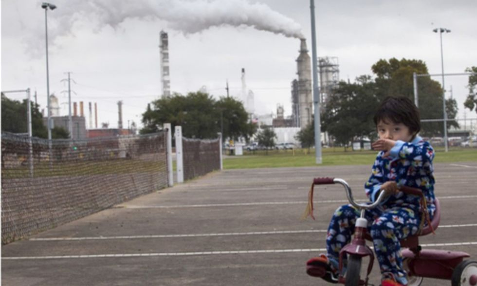EPA Proposes New Rules to Curb Air Pollution From Oil Industry