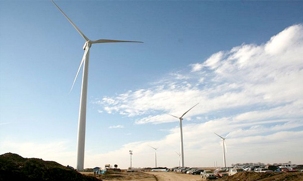 Wind PTC Lost in Shuffle as Senate Partisanship Kills Tax Extension Package