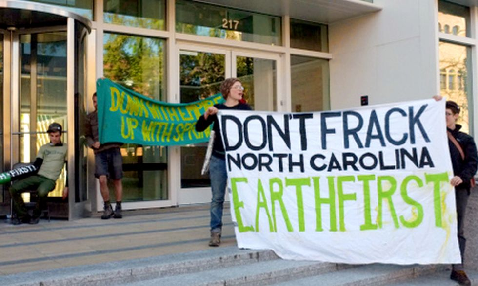 Emails Reveal North Carolina Officials' Close Ties With Fracking Lobby Groups