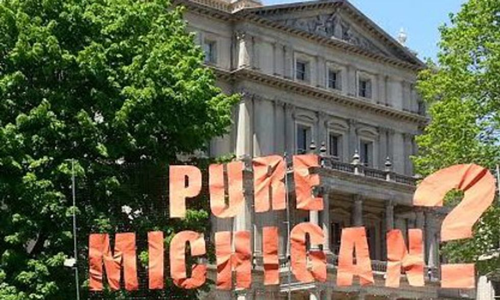 Michigan Action Camp Hosts Anti-Fossil Fuel Flash Mob at State Capitol