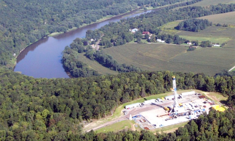 New York Assembly Overwhelmingly Passes Fracking Moratorium
