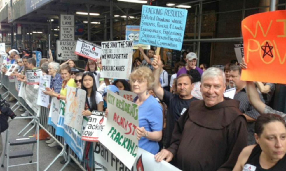 New Yorkers Rally for Statewide Fracking Ban at Gov. Cuomo Fundraiser