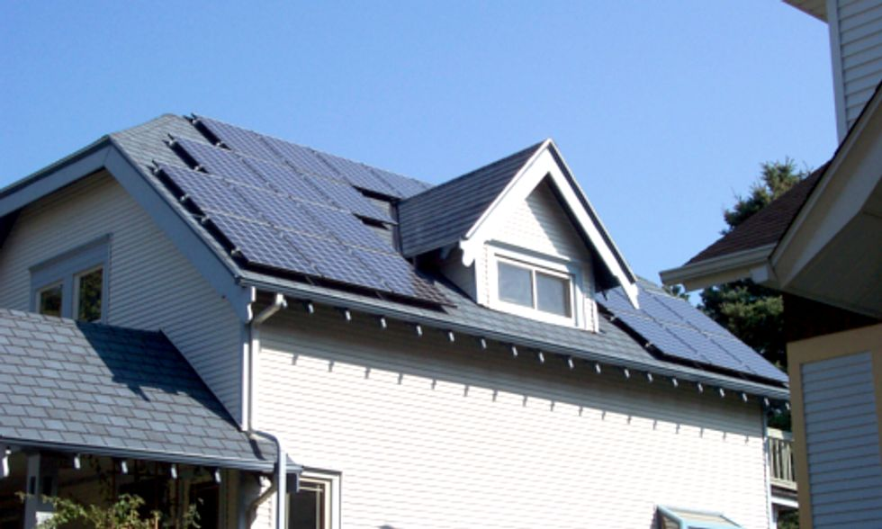 2 Solar Installers Sue State of Arizona For Imposing Industry-Crippling Property Tax