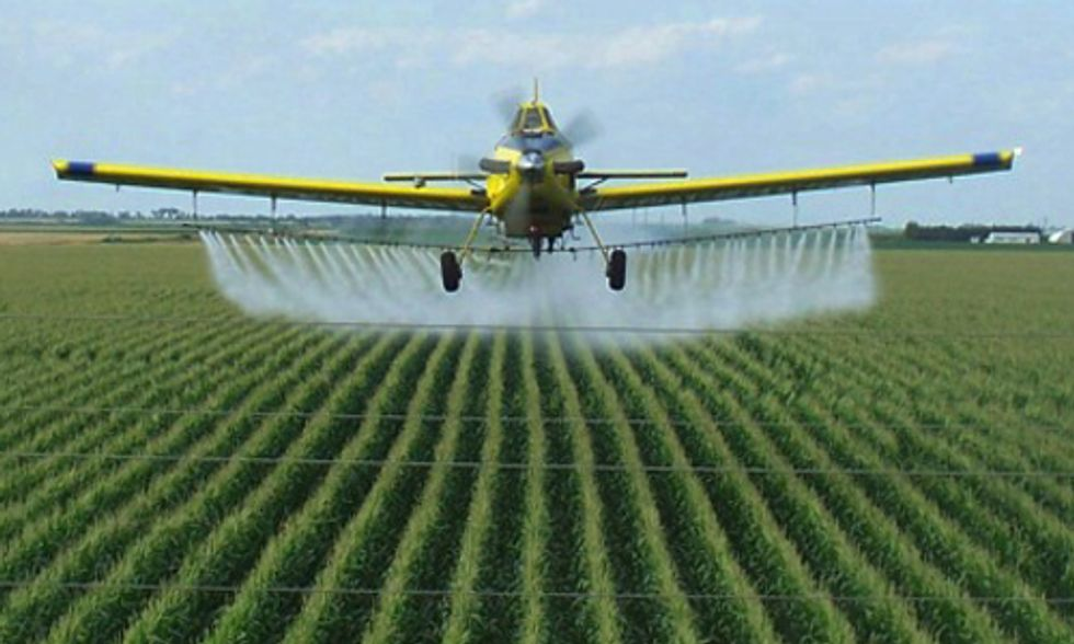 Tell the EPA to Deny Dow's Pesticide (2,4-D) for GMO Crops
