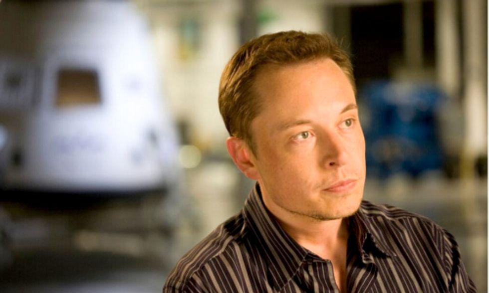 Wall Street Bond Guru Tells Elon Musk to Exit EV Market