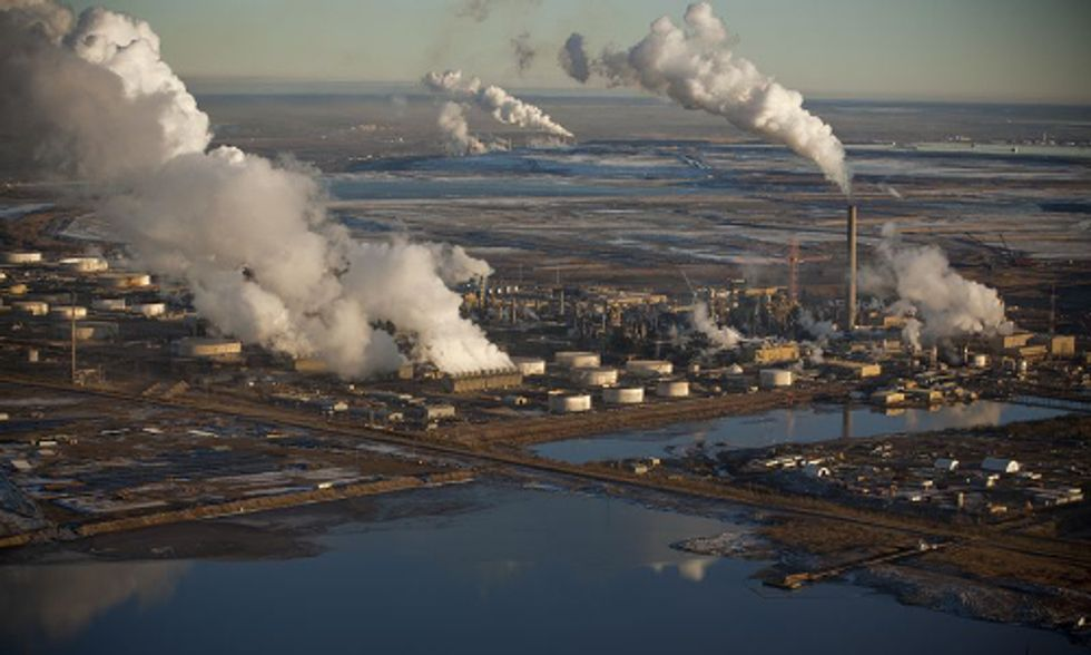 Cumulative Climate Impacts of Tar Sands Pipelines