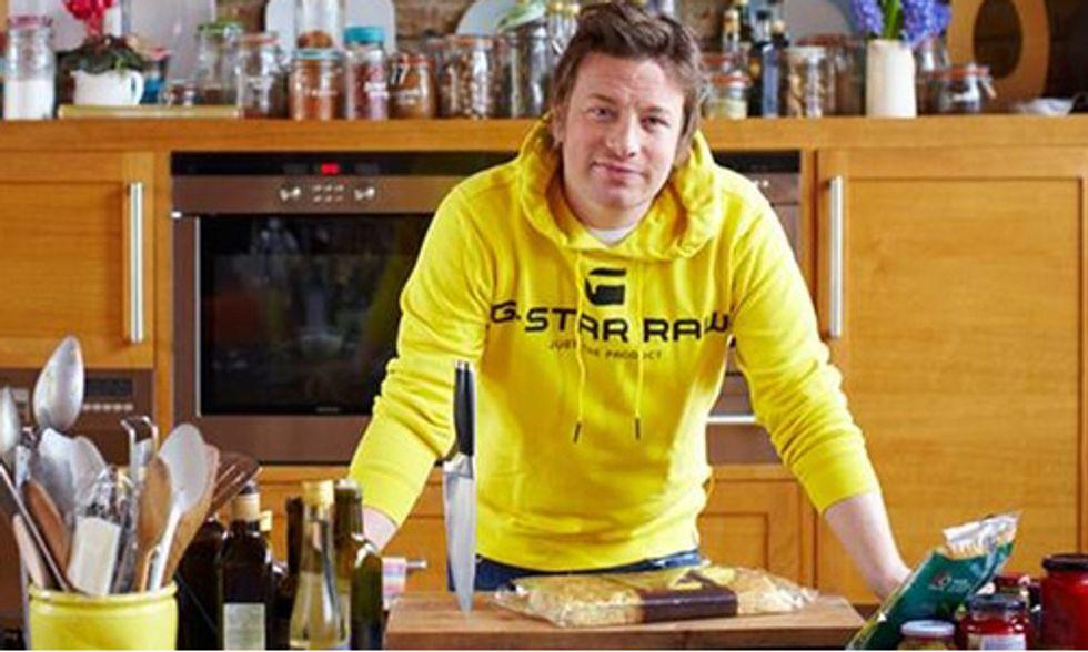 Celebrity Chef Jamie Oliver Warns U.S. Food Not Safe for Britain