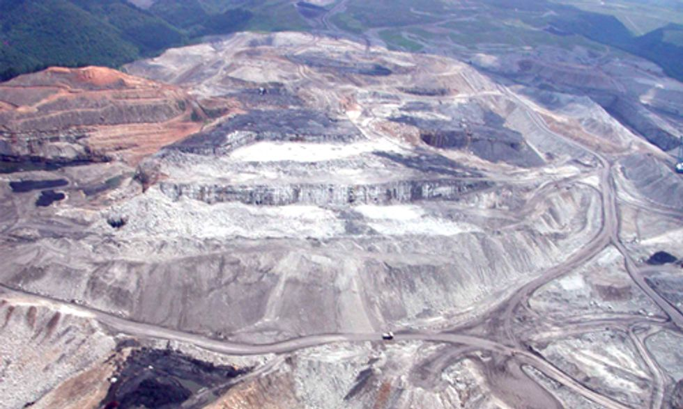 Dear Sec. Burwell: Come Home to See Firsthand Appalachia's Health Crisis and Help Us Halt Mountaintop Removal Mining