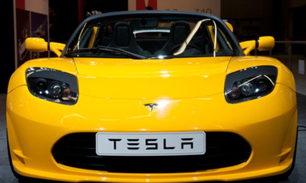 Tesla Announces Huge Renewable Energy-Fueled Battery Factory Near Reno