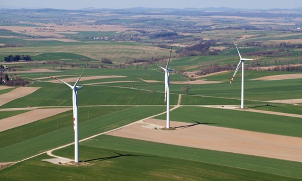 Wind Energy Blows Away Records Throughout Europe