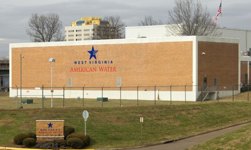 Dangers of Water Privatization Emerge In the Wake of West Virginia's Chemical Spill