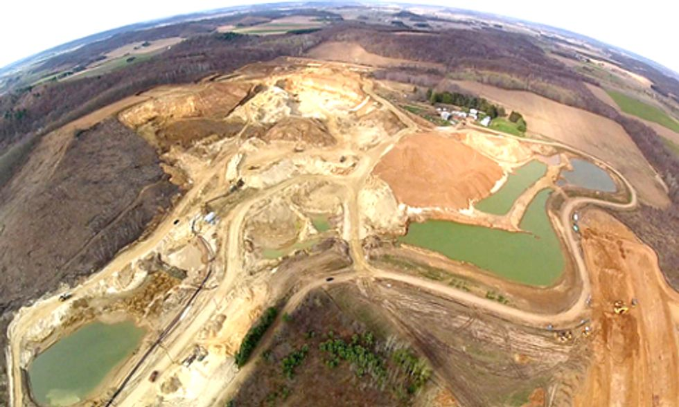 Groups Call for Ban on Frac-Sand Mining in Wisconsin