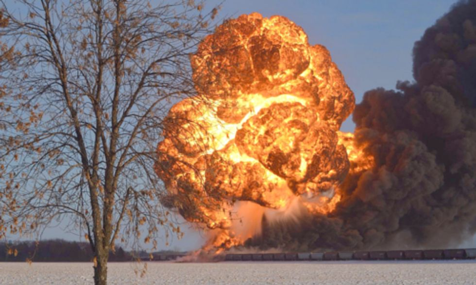 More Oil Spilled From Railcars in 2013 Than in Previous Four Decades Combined