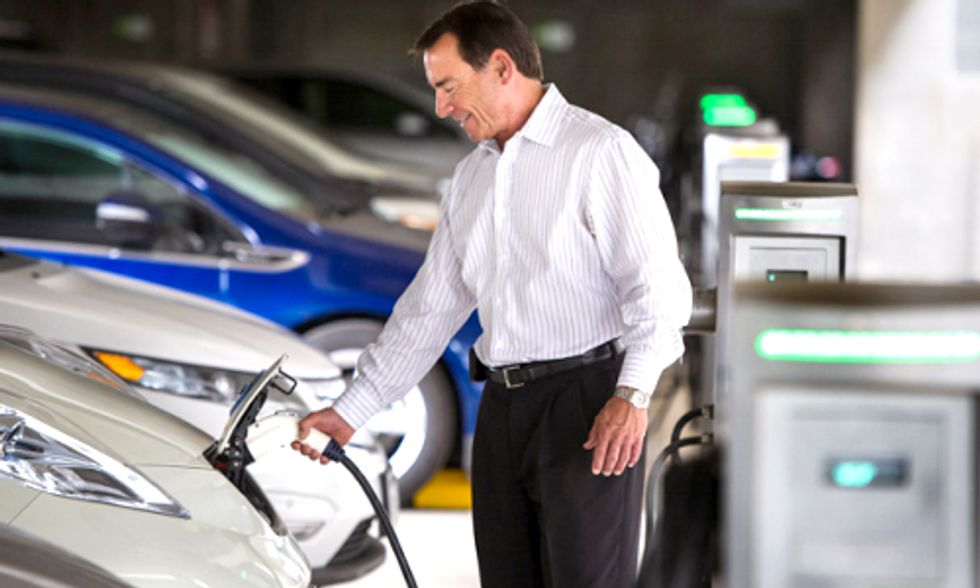 U.S. Government Prioritizes EVs in $50 Million Auto Industry Investment