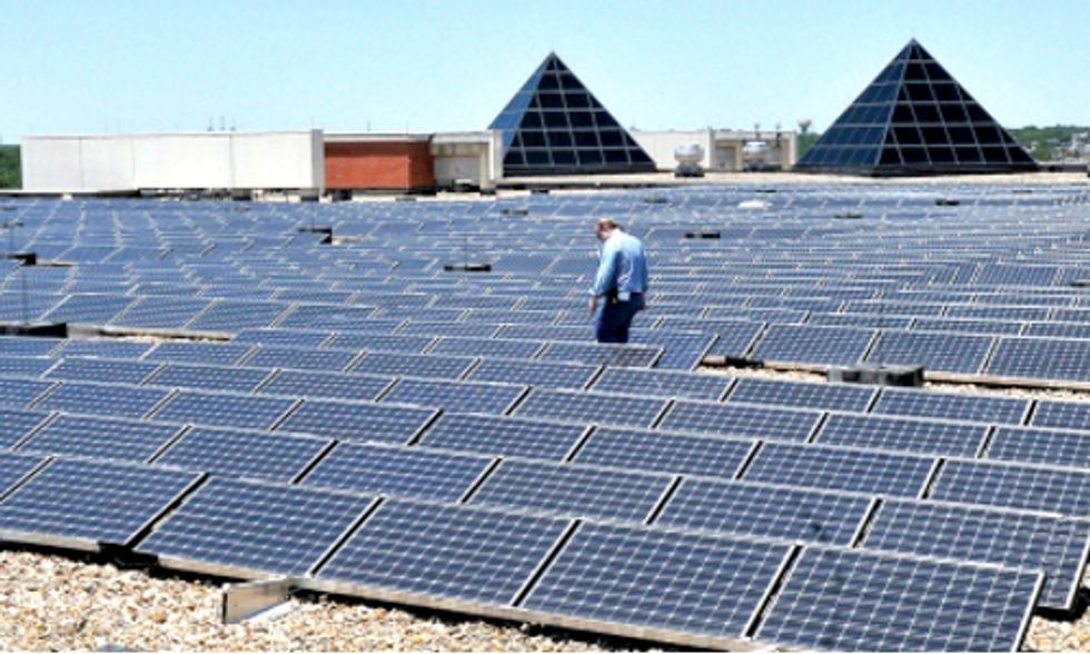 Solar Industry Thanks Obama for SOTU Shout Out