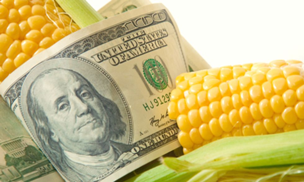 5 Ways the Farm Bill Brings Home the Bacon for Big Ag