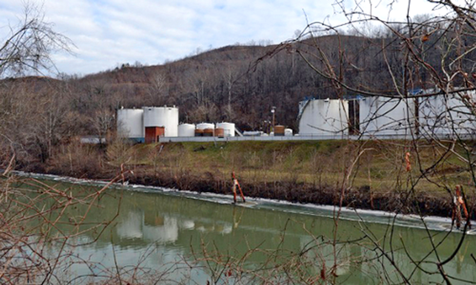 One Month After West Virginia Chemical Spill Major Data Gaps and Uncertainties Remain