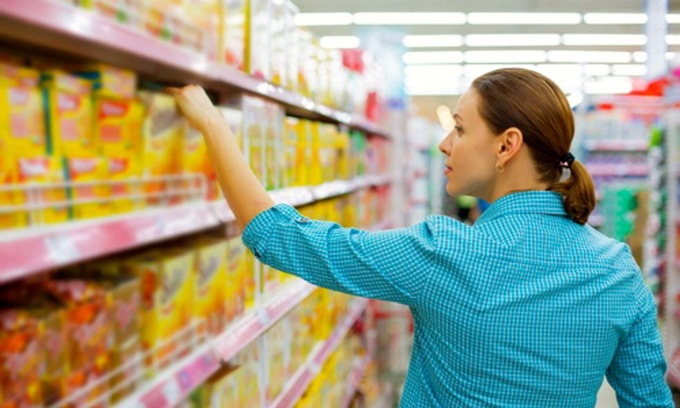 Shopping Guide Helps Consumers Dodge Genetically-Engineered Foods