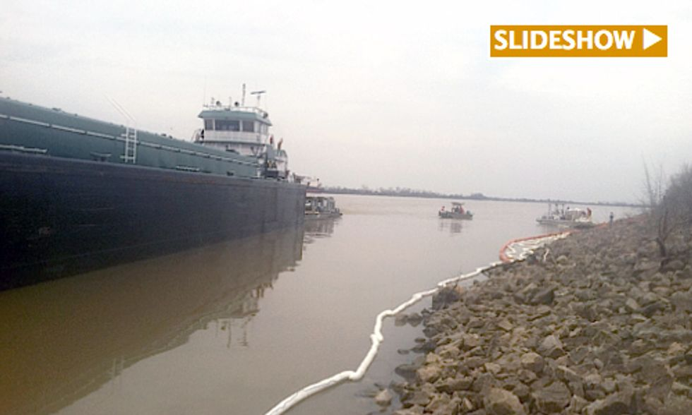 Barge Oil Spill Closes 65 Miles of Mississippi River
