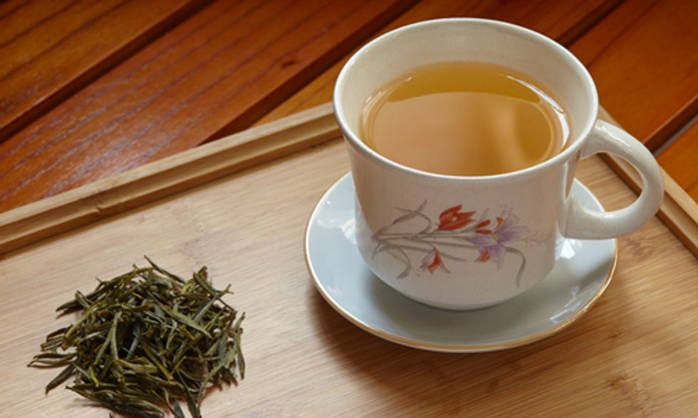 10 Darn Good Reasons to Drink Green Tea