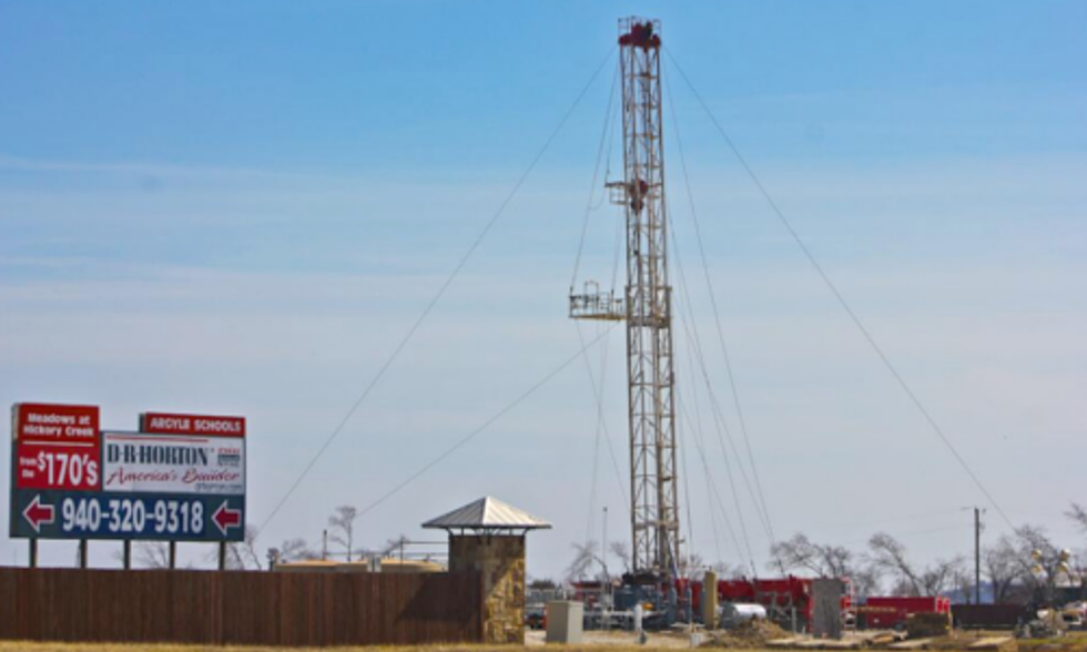 Texas Group Exceeds Signature Requirement for Fracking Ban on Nov. Ballot