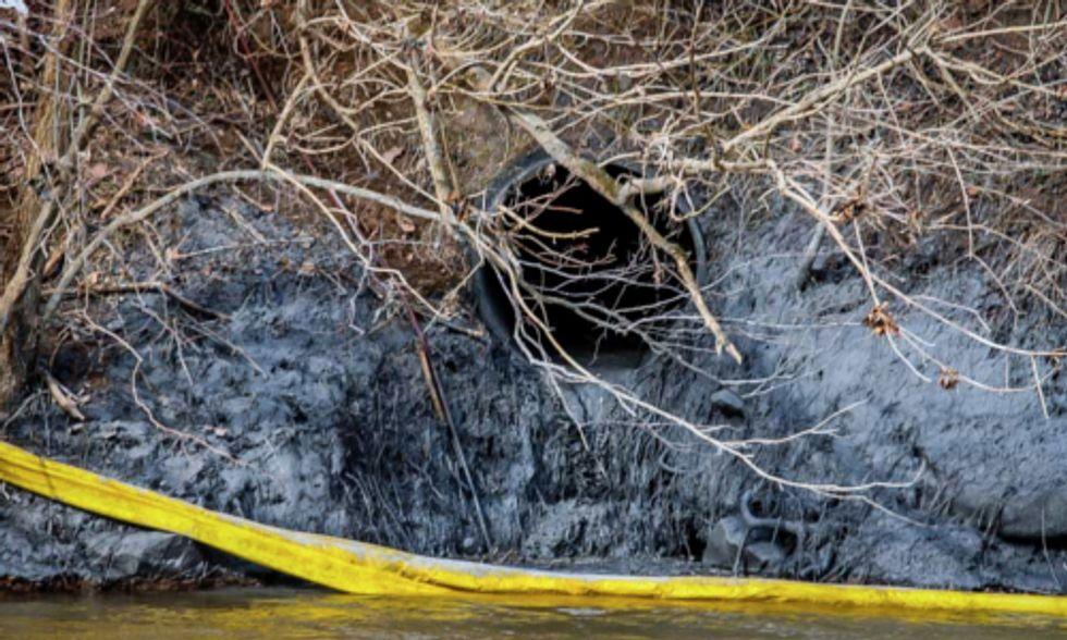 Coal Ash Spill Leaves Most North Carolina Voters Craving Stronger Environmental Leadership