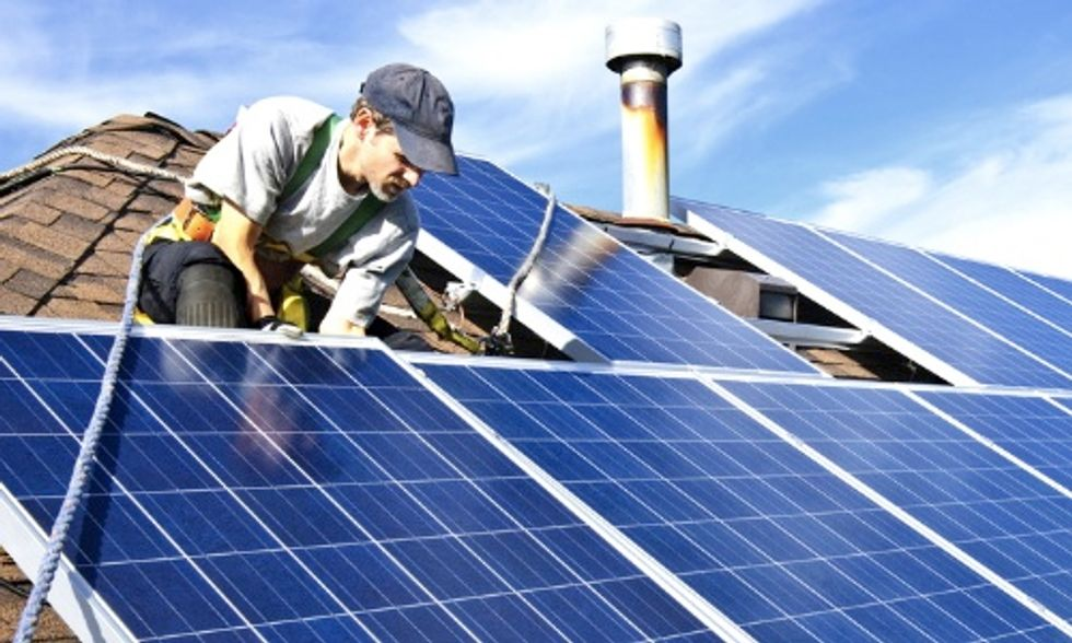 Google Invests $300 Million in SolarCity to Make Going Solar Easier