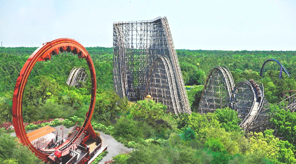 Six Flags to Build New Jersey's Largest Solar Farm and Become First Theme Park to Be Entirely Self-Powered