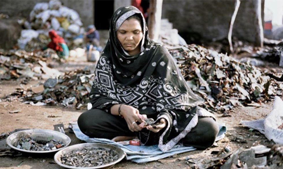 Stunning Photos Capture Devastating Worldwide E-Waste Problem