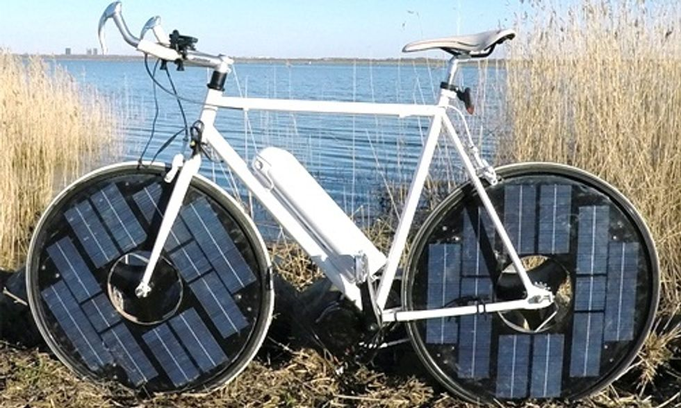 This Solar Bike Delivers Big