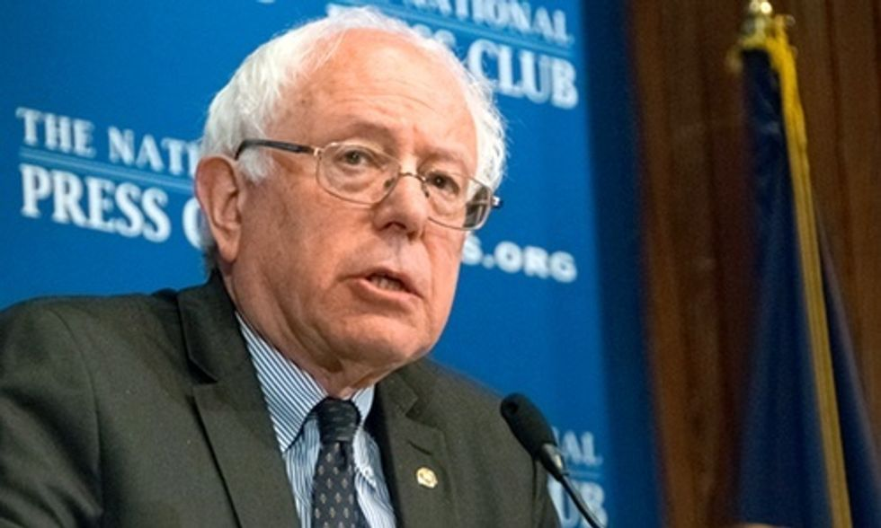 6 Reasons Not to Underestimate Bernie Sanders' Presidential Run