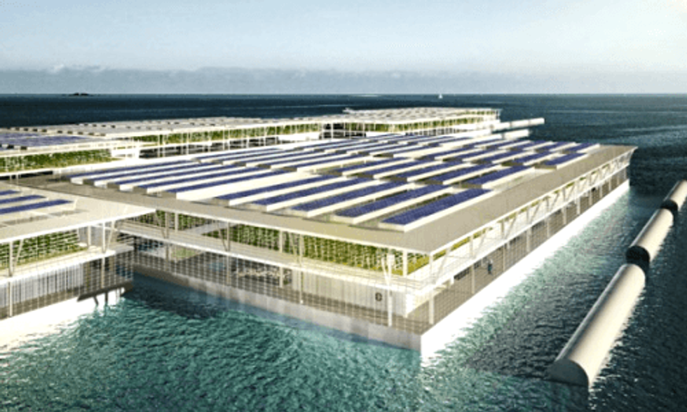 Giant Solar Floating Farm Could Produce 8,000 Tons of Vegetables Annually