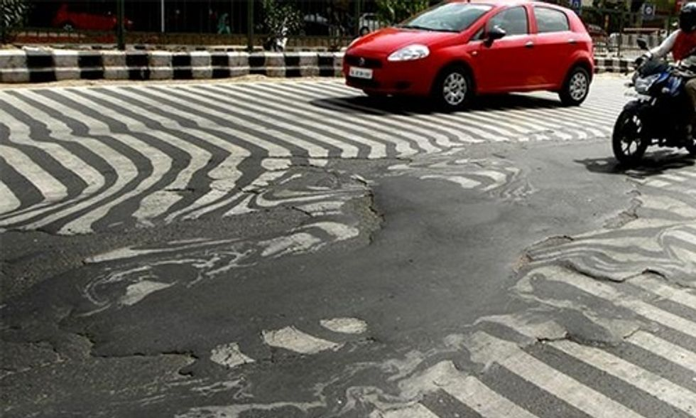 India Heat Wave Kills 800+ and Literally Melts the Roads